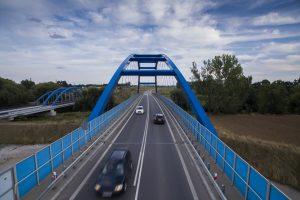 zdjęcie wiaduktu na obwodnicy Czarnowąs