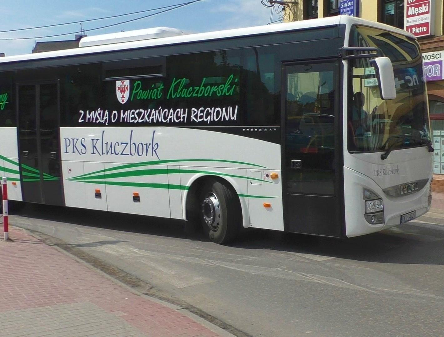Zdjęcie ekologicznego autobusu